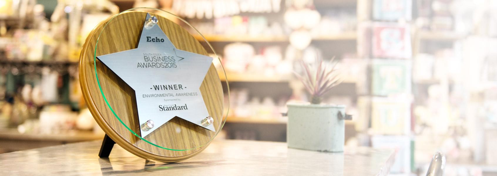 banner-wooden-award